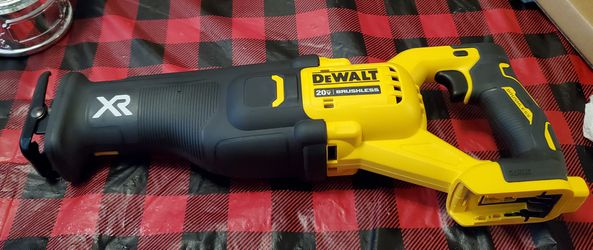 DEWALT 20V XR BRUSHLESS RECIPROCATING SAW NEW (TOOL-ONLY) NOT NEGOTIABLE for Sale in Jersey City,  NJ