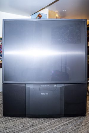 Panasonic PT56HX41 56-Inch HDTV-Ready Projection TV for Sale in Grove City, OH