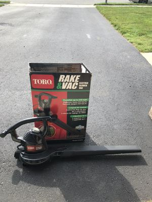Leaf blower with bag for Sale in Barnegat Township, NJ