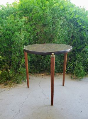 Mid Century Modern Side Table for Sale in Mesa, AZ