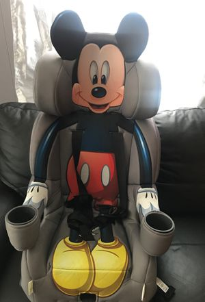 Mickey Mouse combination booster car seat, in good condition for Sale in Washington, NC