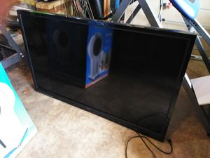 """50"""" Vizio TV w/Remote & Wall Mount Lightly Used ! for Sale in Oklahoma City, OK"""