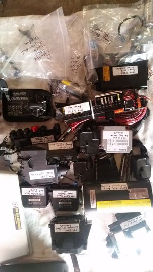 1999 mercedes Benz e320 parts, motors, sensors for Sale in Brooklyn, NY
