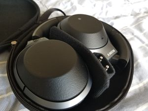 [Bluetooth Headset] Sony WH-1000X M2 for Sale in Holland, MI