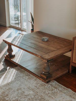 Balustrade coffee table for Sale in Tacoma, WA