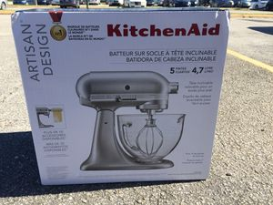 Brand New. KitchenAid 5 Quart 4.7 Liters. Need it gone ASAP for Sale in Miami Gardens, FL