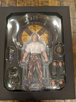 OLD MAN LOGAN WOLVERINE One:12 Collective Action Figure (SEALED) for Sale in Denver, CO