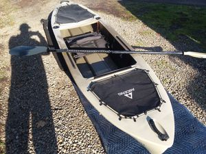 Accend 10ft fishing kayak for Sale in Portland, OR