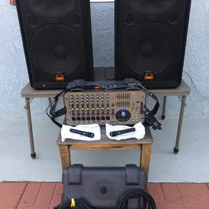 """GIGRAC Soundcraft Powered Mixer 1000 Watts Wharfedale Professional Speakers 15"""" DJ Equipments Audix Microphones $625 for Sale in Artesia, CA"""