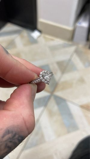 Engagement ring! (Broke it off so need to sell!) for Sale in Frisco, TX