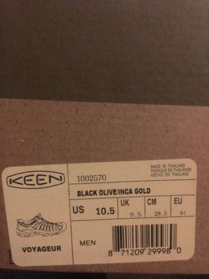 Keen voyageur hiking shoes for Sale in Phoenix, AZ