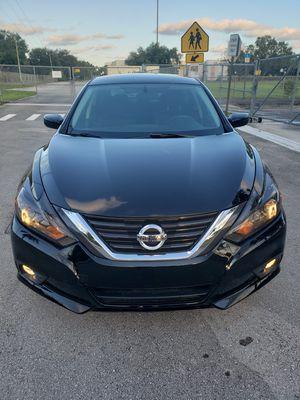 Nissan altima SR 2016 for Sale in Miami, FL