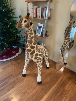 Melissa & Doug Giant Giraffe - Lifelike Stuffed Animal for Sale in Los Altos,  CA