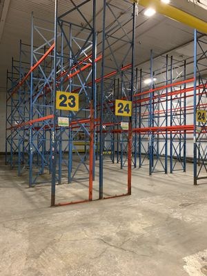 Pallet racking for Sale in Gardena, CA