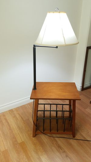 Side table lamp for Sale in Whittier, CA