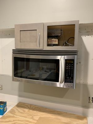 Kenmore Elite Microwave for Sale in North Palm Beach, FL