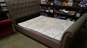QUEEN SERTA PERFECT SLEEPER MATTRESS + BED FRAME SET for Sale in Manteca, CA