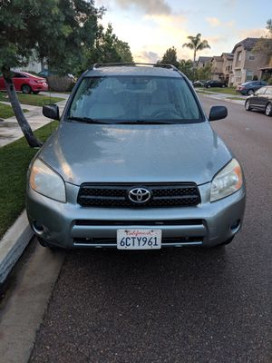 2008 Toyota RAV4 with 3rd row seating for Sale in San Diego, CA