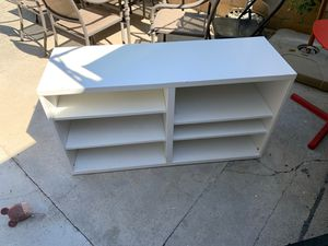 Small shelf for Sale in Los Angeles, CA