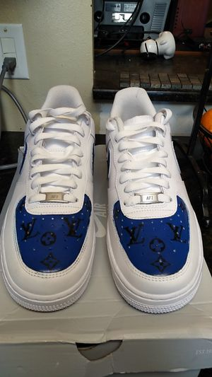 Blue and black Louis Vuitton Af1. Size 9 for Sale in Auburn, WA