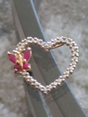 Beauty & health..LOOK!! Gold over silver 9.25 heart pendant. Very nice for Sale in Lincoln Acres, CA