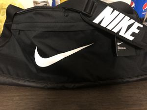 Nike duffle bag Large for Sale in Georgetown, KY
