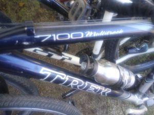 Trek 7100 Hybrid. Bike 700c wheels for Sale in Tempe, AZ