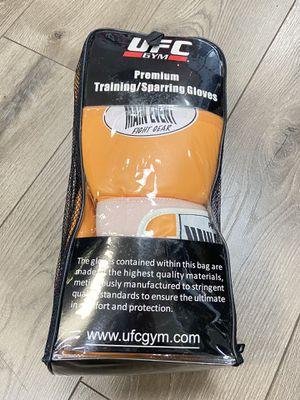 UFC Training/Sparring Gloves for Sale in Woodbridge Township, NJ