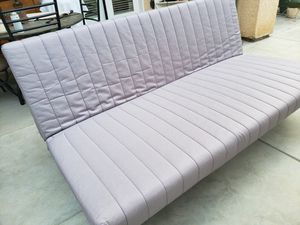 Awesome day bed and great condition $150 for Sale in Fresno, CA
