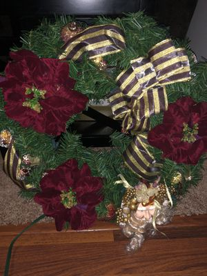 Light up Christmas wreath for Sale in Everett, WA