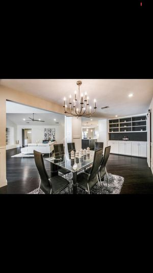 Large chandelier for Sale in Dallas, TX