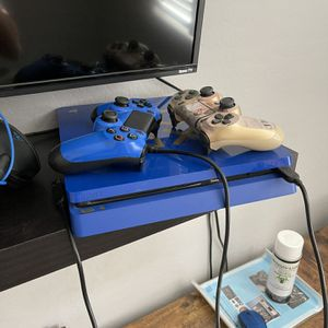 PS4 Slim Blue 1tb for Sale in Queen Creek, AZ