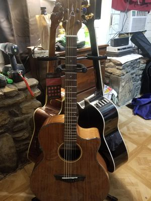 Acoustic Electric Dean guitar for Sale in Santa Fe, TN