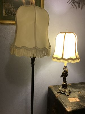 Lamp shade set for Sale in Puyallup, WA