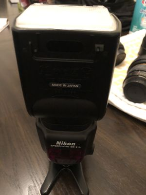 Nikon SB 910 Speed Light Flash for Sale in Alpharetta, GA