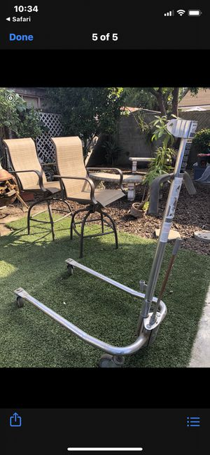 Free 100% Donation Invacare Transfer Lift ... Missing pump to crank up. If local to Huntington Park 5 mile radius can drop but only a fellow disabled for Sale in Huntington Park, CA