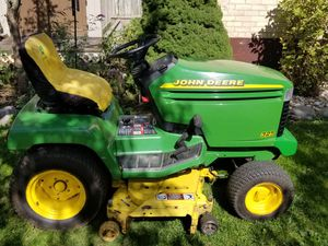 John Deere 325 Tractor for Sale in Elgin, IL