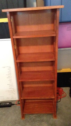 Small curio shelf for Sale in FL, US