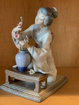 Lladro Geisha figurine for Sale in Baldwin, NY