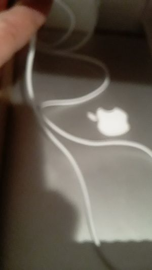 Apple laptop with cord and works and had password on it but I can take it off... for Sale in Hayward, CA