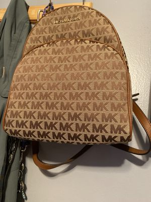 Brand New Michael Kors Backpack Purse! for Sale in Taunton, MA