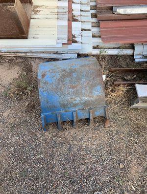 Tractor bucket for Sale in Laveen Village, AZ