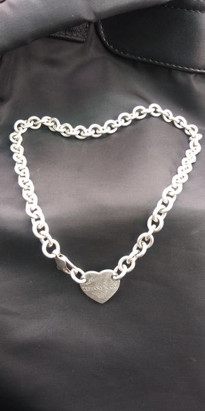 Tiffany & Co Heart Thick Link Necklace for Sale in San Antonio, TX