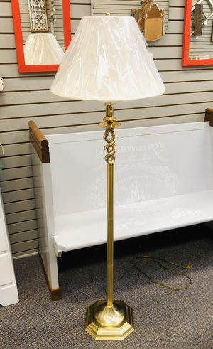 Nice Floor Lamp for Sale in Belton, MO