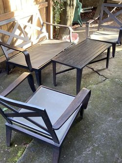 Used Patio Furniture 100 Or Bo for Sale in Portland,  OR