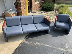 Office Couch and Chair for Sale in MERRIONETT PK, IL