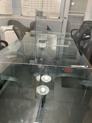 Conference room table glass top for Sale in Edgewater, NJ