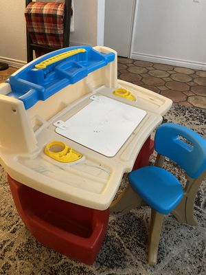 Step 2 Kid Desk for Sale in Yorba Linda, CA