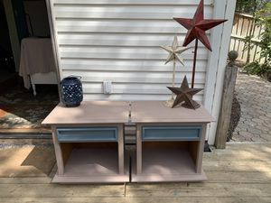 Two REFINISHED Vintage Thomasville End Table for Sale in Bowie, MD