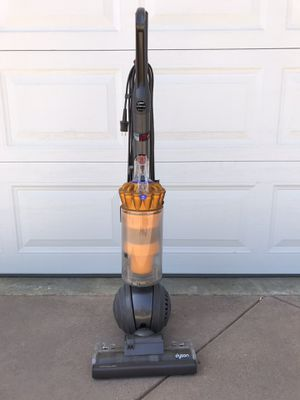 Dyson dc40 upright vacuum for Sale in Los Angeles, CA